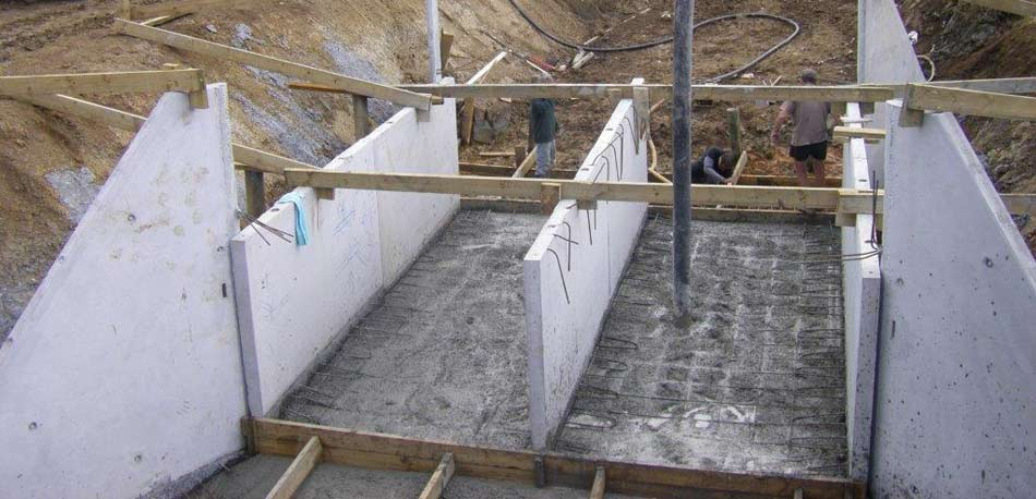 Construction of a Flood Gate System by Wade Concrete