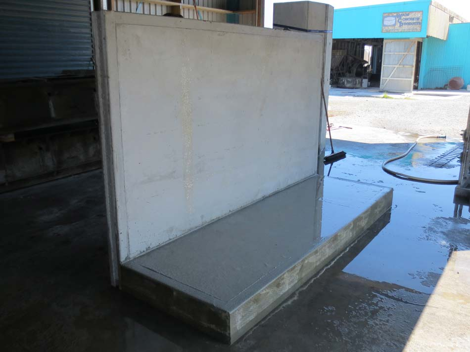 Concrete Free Standing Wall